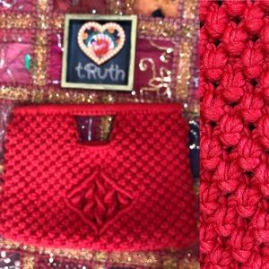 Vintage Knotted Crochet Red Hinged Clutch